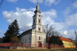 sanpetru_mare_biserica_ortodoza_sarba